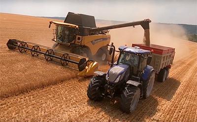 Ny-ekstra-New-Holland-8.90-samt-Traktor-T7-270